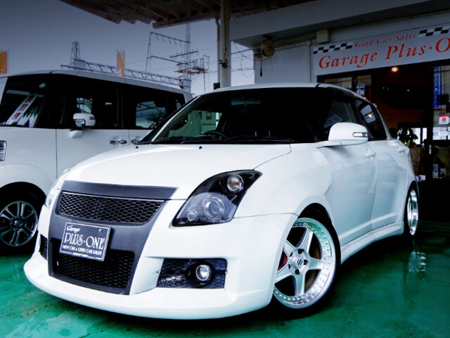 FRONT EXTERIOR OF ZC31S SWIFT SPORT WIDEBODY WHITE.