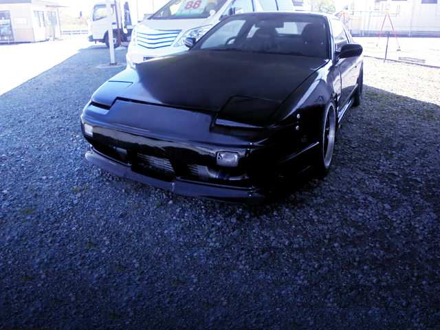 FRONT EXTERIOR OF 180SX TYPE-X.