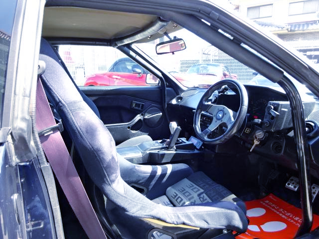 ROLL CAGE INSTALLED AW11 MR2 INTERIOR.