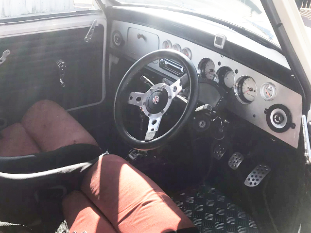 INTERIOR OF CLAASIC MINI COOPER MK2.