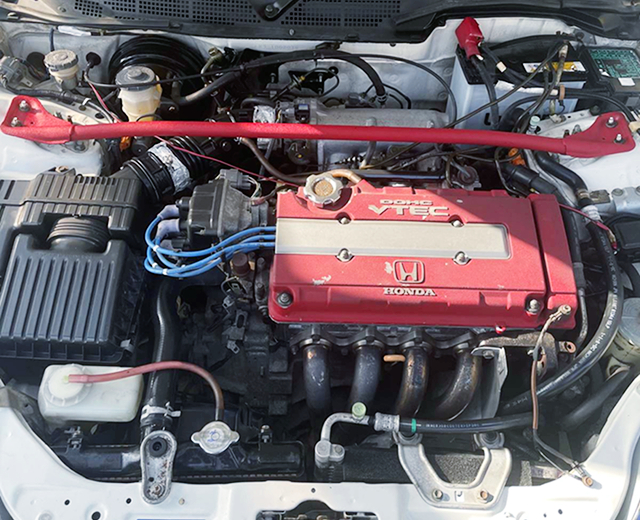 B16B VTEC ENGINE.