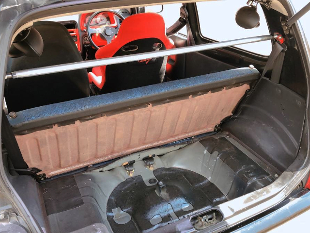 LUGGAGE SPACE of HA21S ALTO WORKS RSZ.