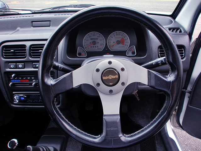 DRIVER'S SPEED CLUSTER and STEERING.