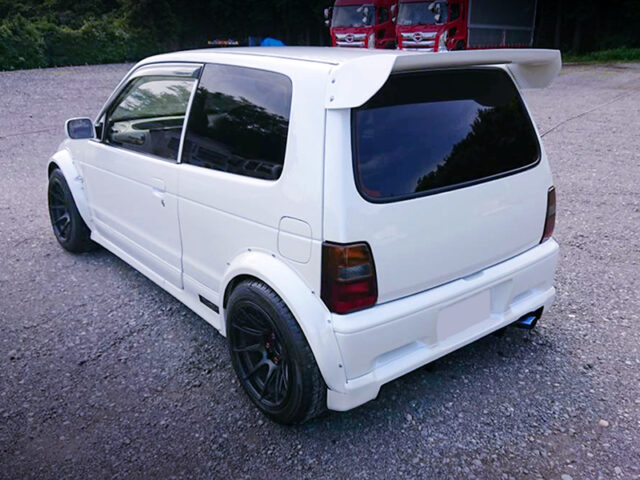 REAR EXTERIOR OF HB21S ALTO WORKS RSZ WIDEBODY.