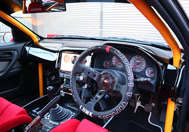 INTERIOR OF ER34 SKYLINE 25GT-T with LB SUPER SILHOUETTE.