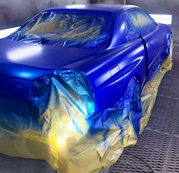 BODY PAINT OF R34 GT-R.