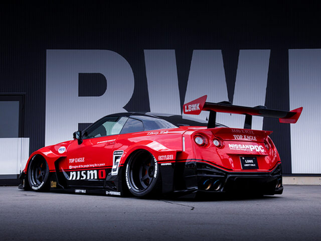 REAR EXTERIOR OF NISSAN GT-R NISMO with LB-Silhouette WORKS.