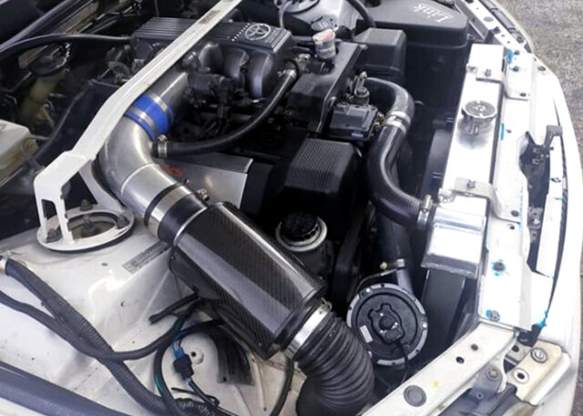 1UZ-FE 4.0L ENGINE.