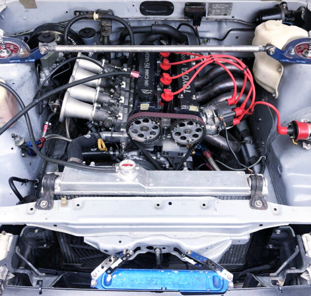 16V 4AGE with ITBs AND EXHAUST MANIFOLD.