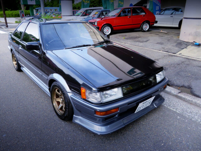 FRONT EXTERIOR OF AE86 COROLLA LEVIN GT-APEX.