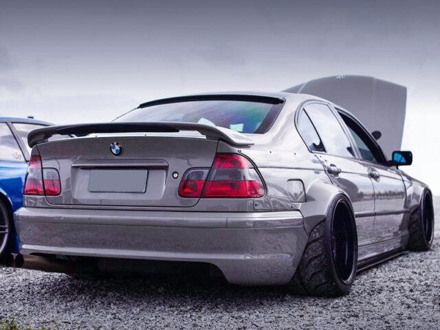 REAR EXTERIOR OF E46 BMW 318i SEDAN WIDEBODY.