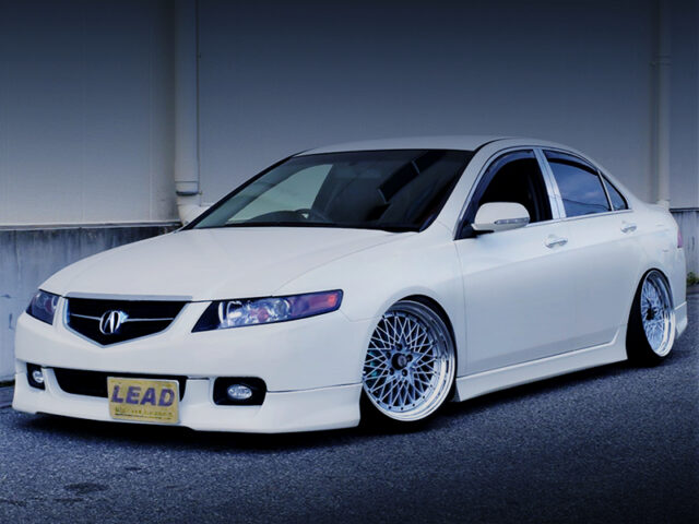 FRONT EXTERIOR OF CL7 ACCORD EURO R.
