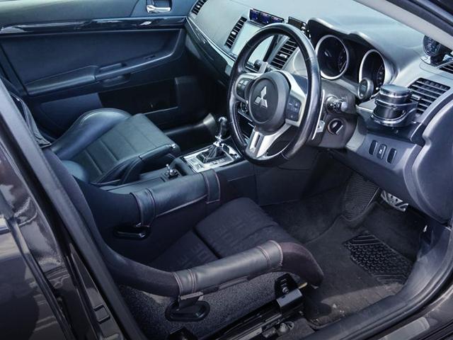DRIVER'S INTERIOR OF EVO 10.