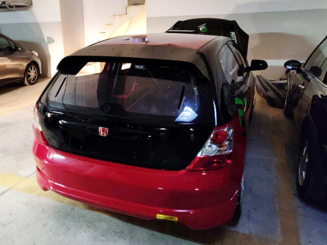 REAR EXTERIOR OF EP3 CIVIC TYPE-R.