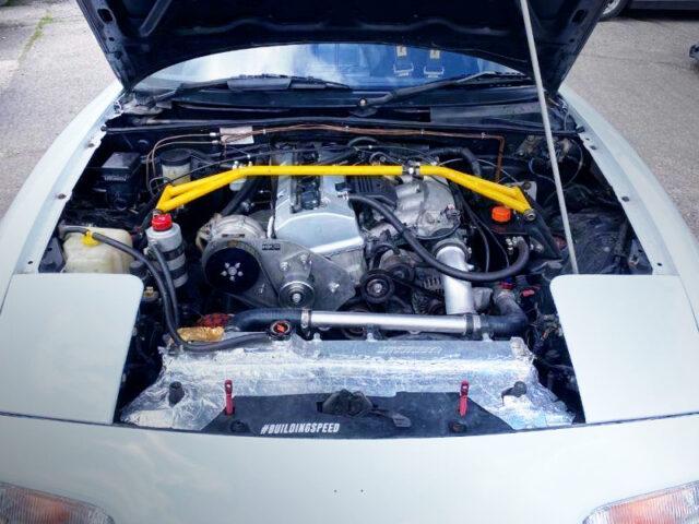 F20C 2000cc VTEC ENGINE with HKS SUPERCHARGER.