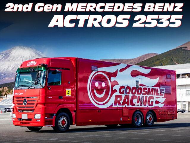 GOOD SMILE RACING MOTORHOME of 2nd Gen MERCEDES BENZ ACTROS 2535.