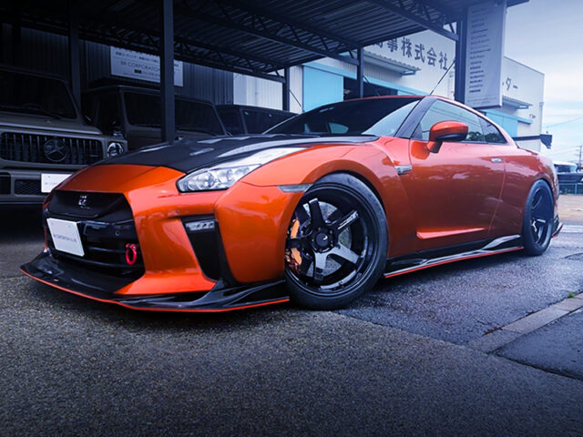 FRONT EXTERIOR OF R35 NISSAN GT-R LHD.
