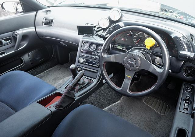 INTERIOR OF R32 GT-R BLACK.