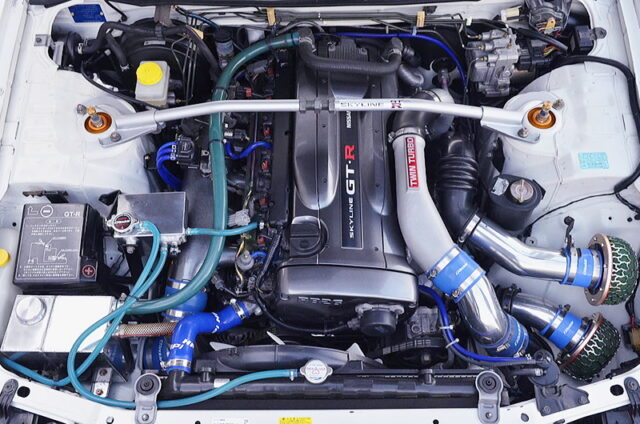 RB26 with 2.7L and GREDDY T517Z 8cm TWIN TURBO.