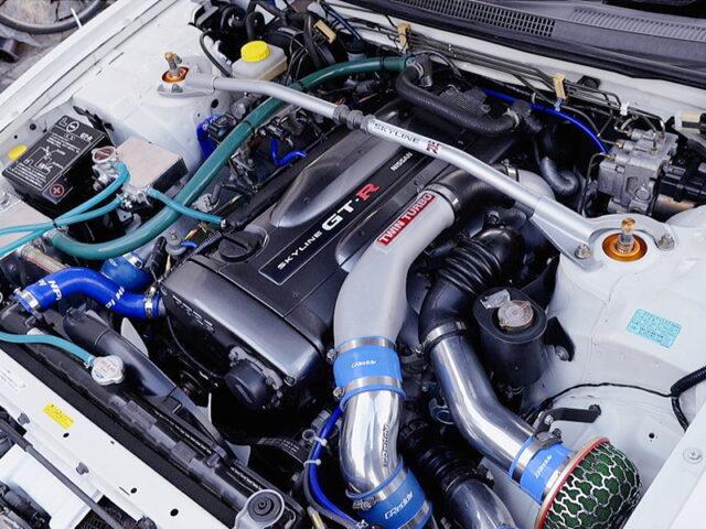 RB26DETT ENGINE OF R33 GT-R MOTOR.