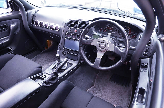 DASH AVOID ROLL CAGE and AFTERMARKET GAUGES.