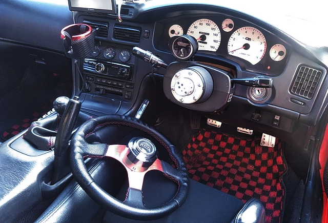 DASHBOARD OF TRD 2000GT.