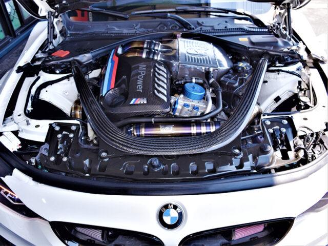 S55 TWINTURBO ENGINE OF BMW M4 MOTOR.