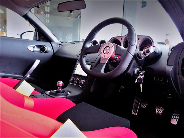 DRIVER'S INTERIOR OF Z33 FAIRLADY Z 35th ANNIVERSARY.