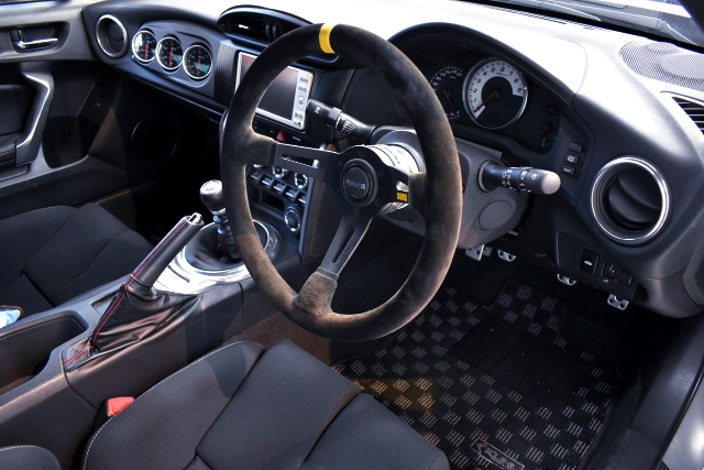 DRIVER'S DASHBOARD OF KUHL RACING TOYOTA 86GT.