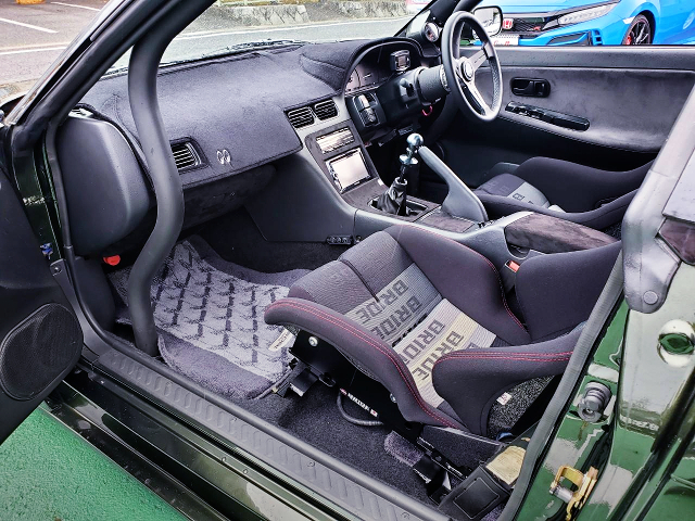 DASHBOARD AVOID ROLL CAGE.
