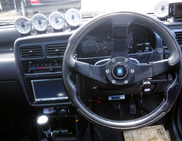 DRIVER'S DASHBOARD and GAUGES.