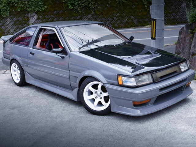 FRONT EXTERIOR OF AE86 COROLLA LEVIN.