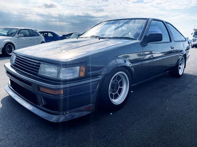 FRONT EXTERIOR OF AE86 LEVIN HATCHBACK.