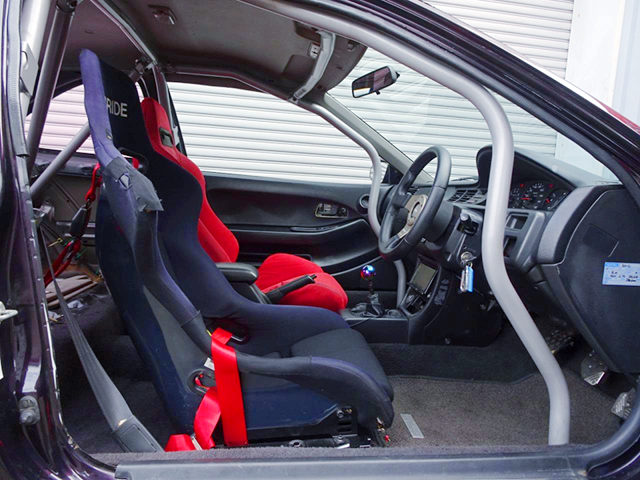DRIVER'S INTERIOR OF EJ1 CIVIC COUPE.