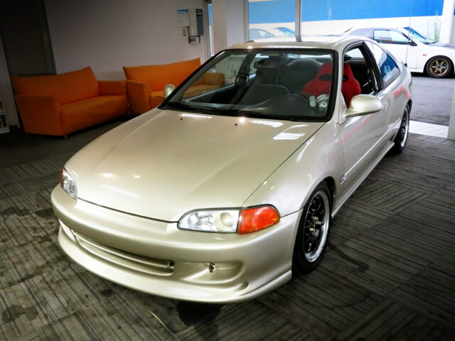 FRONT EXTERIOR OF OF EJ1 CIVIC COUPE.