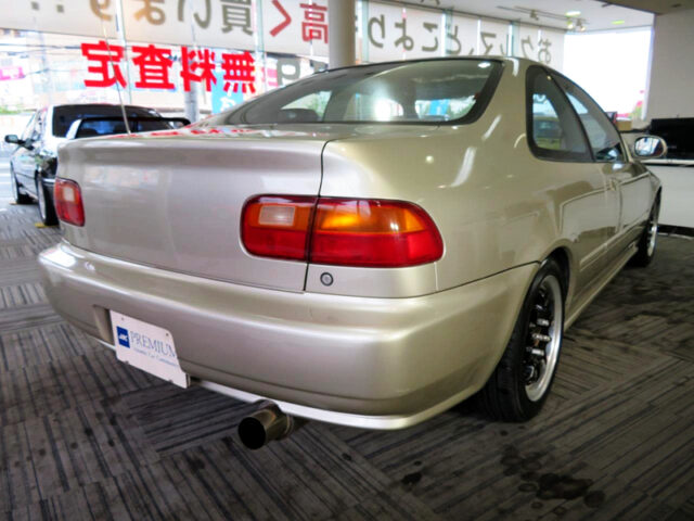 REAR EXTERIOR OF OF EJ1 CIVIC COUPE.