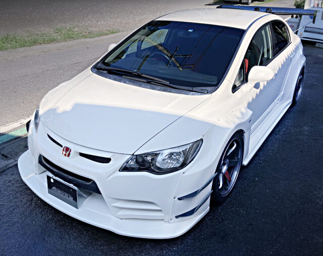 FRONT EXTERIOR OF FD2 CIVIC TYPE-R WIDEBODY.