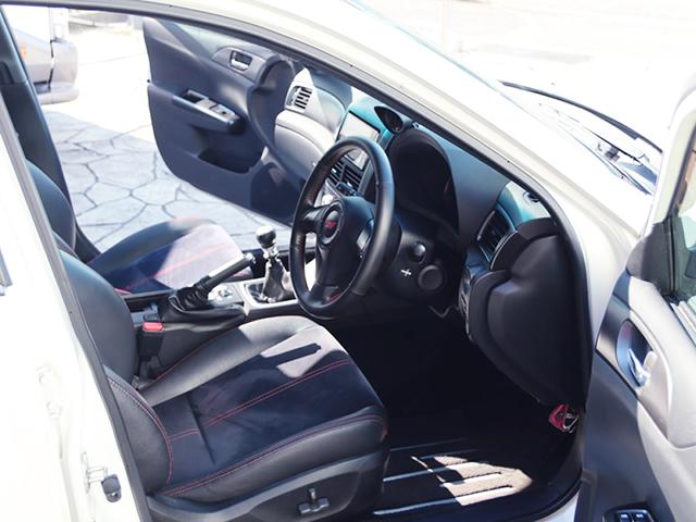 DRIVER'S INTERIOR OF GVB IMPREZA WRX STI CARBON WIDEBODY.