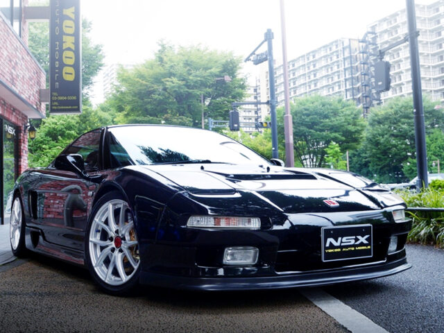 FRONT EXTERIOR OF NA1 NSX.
