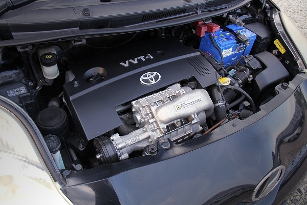 1NZ-FE 1500cc ENGINE with BLITZ SUPERCHARGER.