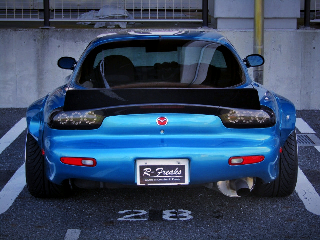 LED TAIL LIGHT OF FD3S RX-7 TYPE-RS with ROCKET BUNNY WIDEBODY.