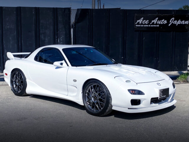 FRONT EXTERIOR OF FD3S MAZDA RX-7 TYPE-R BATHURST.