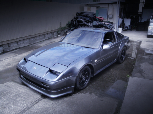 FRONT EXTERIOR OF Z31 FAIRLADY Z ZR1.