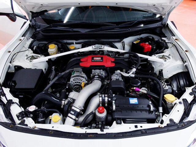 FA20 with HKS GT SUPERCHARGER into TRD 86 14R-60 MOTOR.