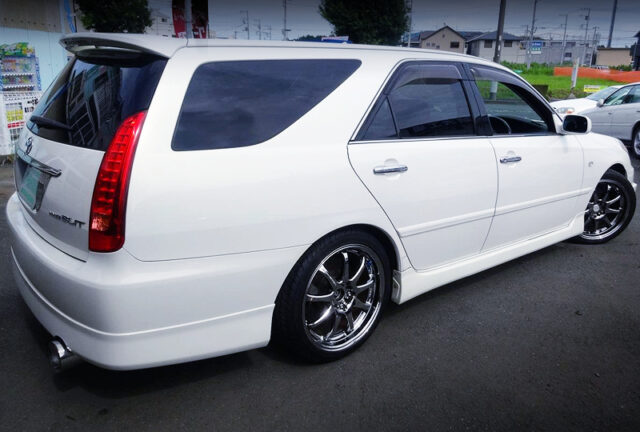 REAR EXTERIOR OF JZX110W MARK2 BLIT 2.5 iRV.