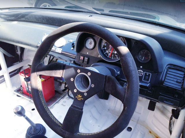 STEERING and DASHBOARD of EF9 CIVIC SiR INTERIOR.