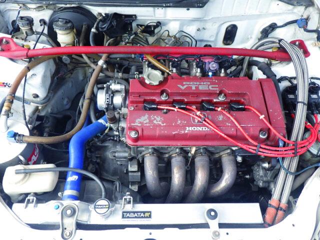 B18C VTEC ENGINE with QUAD THROTTLE BODY.
