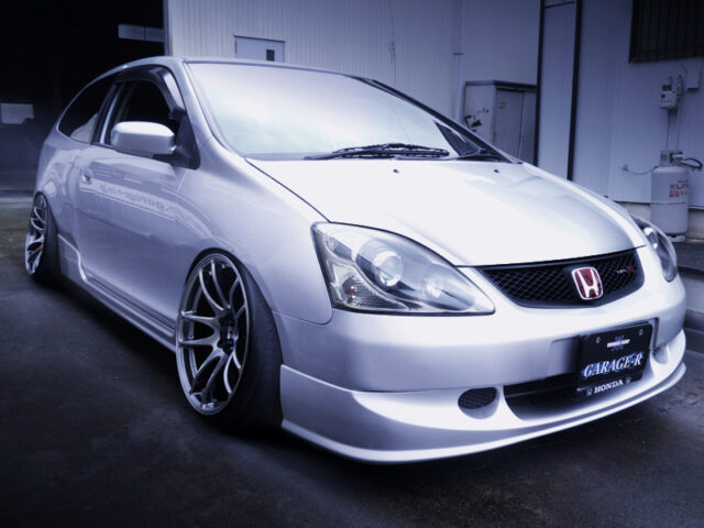 FRONT EXTERIOR OF STANCED EP3 CIVIC TYPE-R.