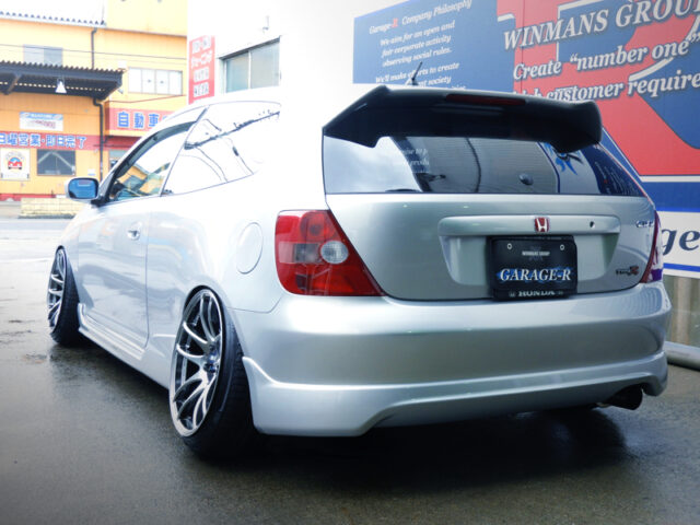 REAR EXTERIOR OF STANCED EP3 CIVIC TYPE-R.