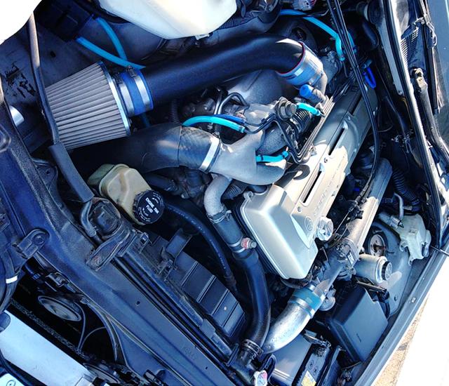 2JZ-GTE TWIN TURBO ENGINE.